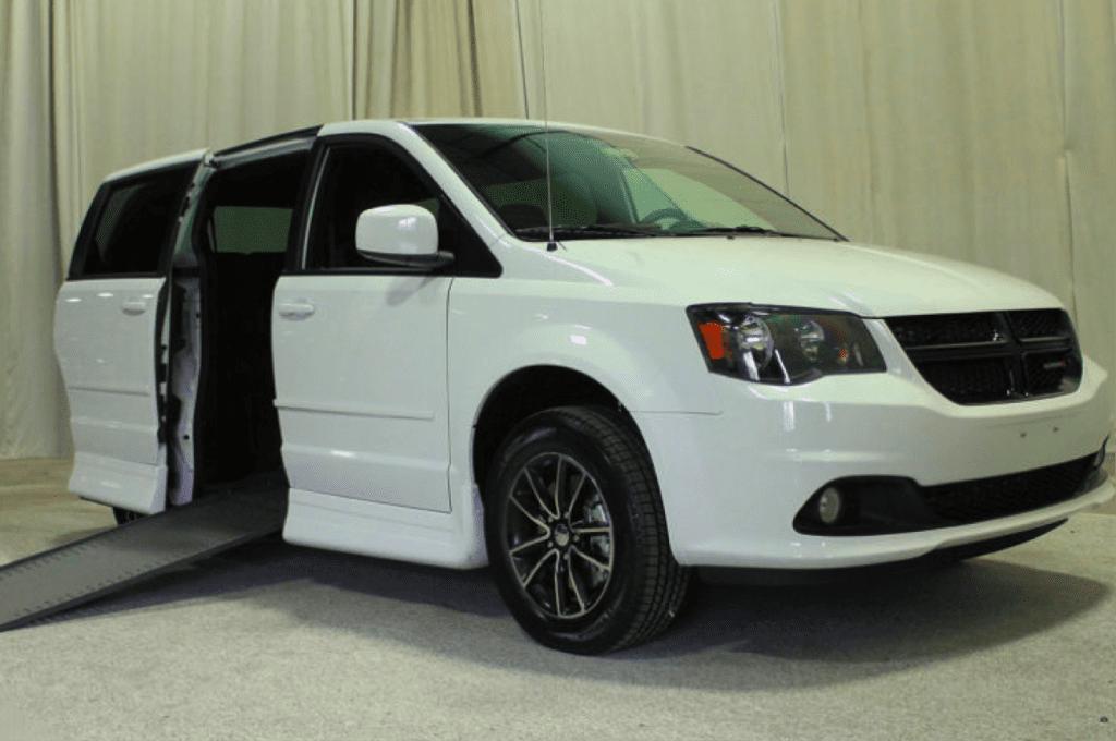 Vehicle with helpful wheelchair van features
