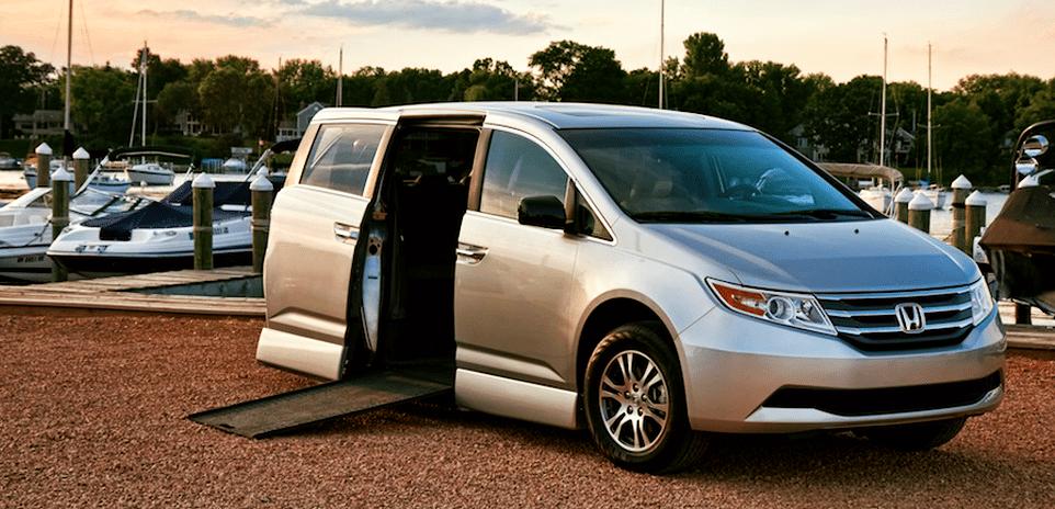 Honda Odyssey Handicap-Accessible Van At Rollx Vans