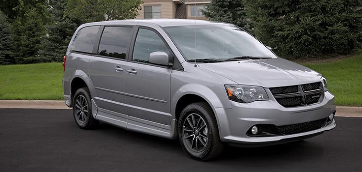 Rollx Vans Dodge Grand Caravan wheelchair van closed