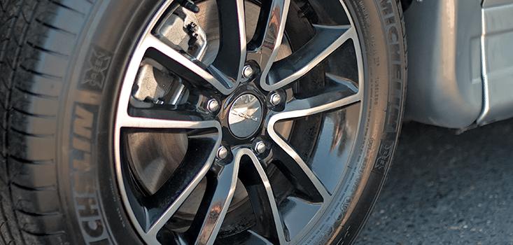 Rollx Vans Dodge Grand Caravan wheelchair van aluminum wheels