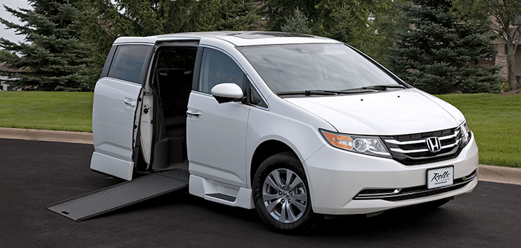 2017 Honda Odyssey Se >> Honda Odyssey Wheelchair Van Dimensions + Color Options ...